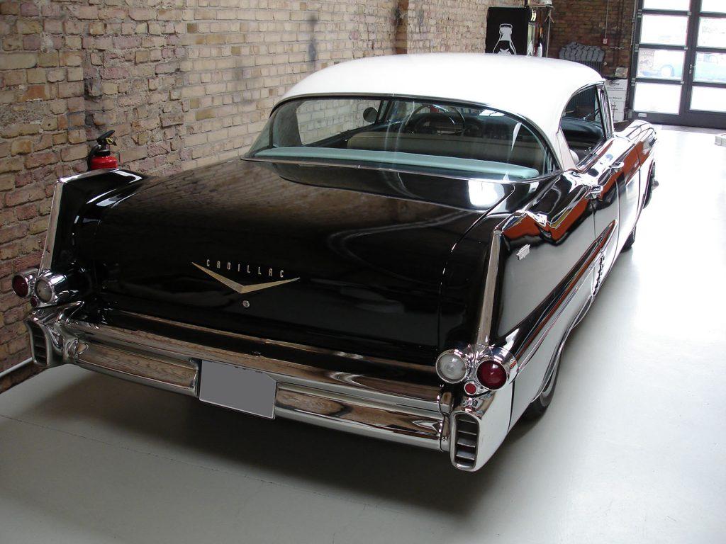 Cadillac-57er-02