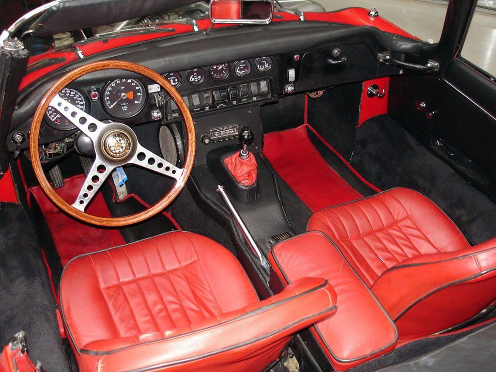 jaguar-e-type-cabrio-6