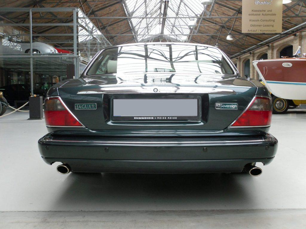 jaguar-xj300-4