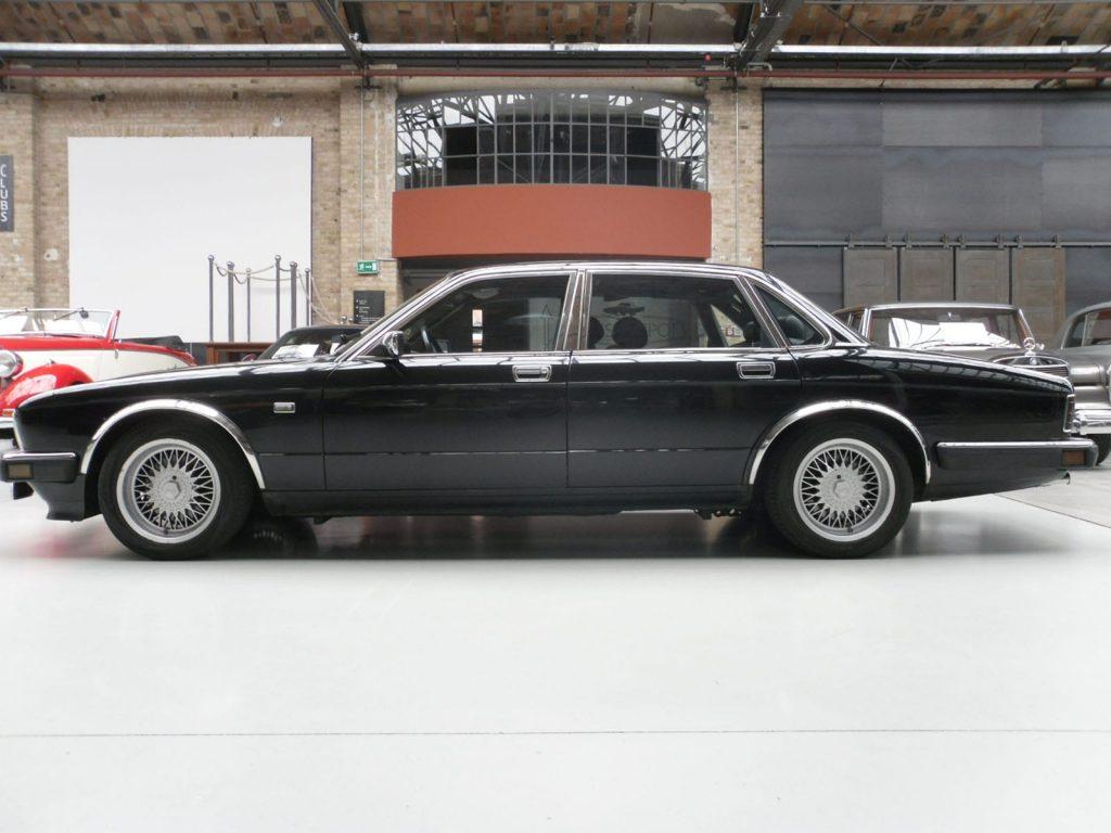 jaguar-xj40-4