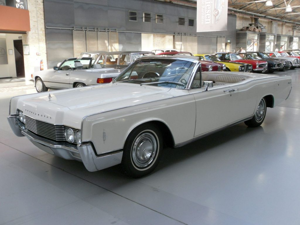 lincoln-continental-convertible-1