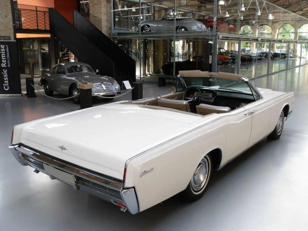 lincoln-continental-convertible-4