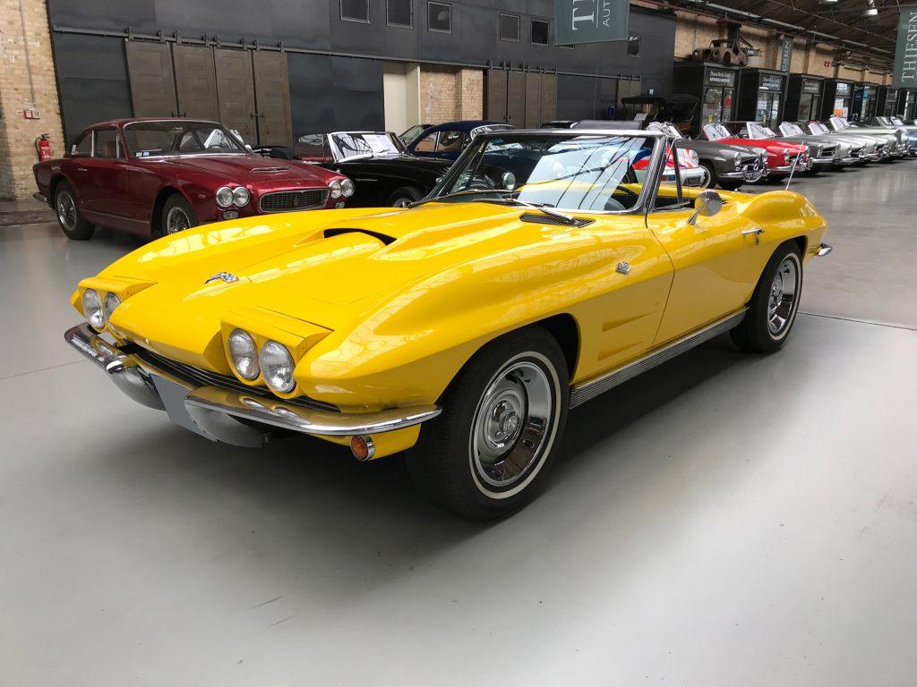 Chevrolet-Corvette-C2-Cabriolet-01