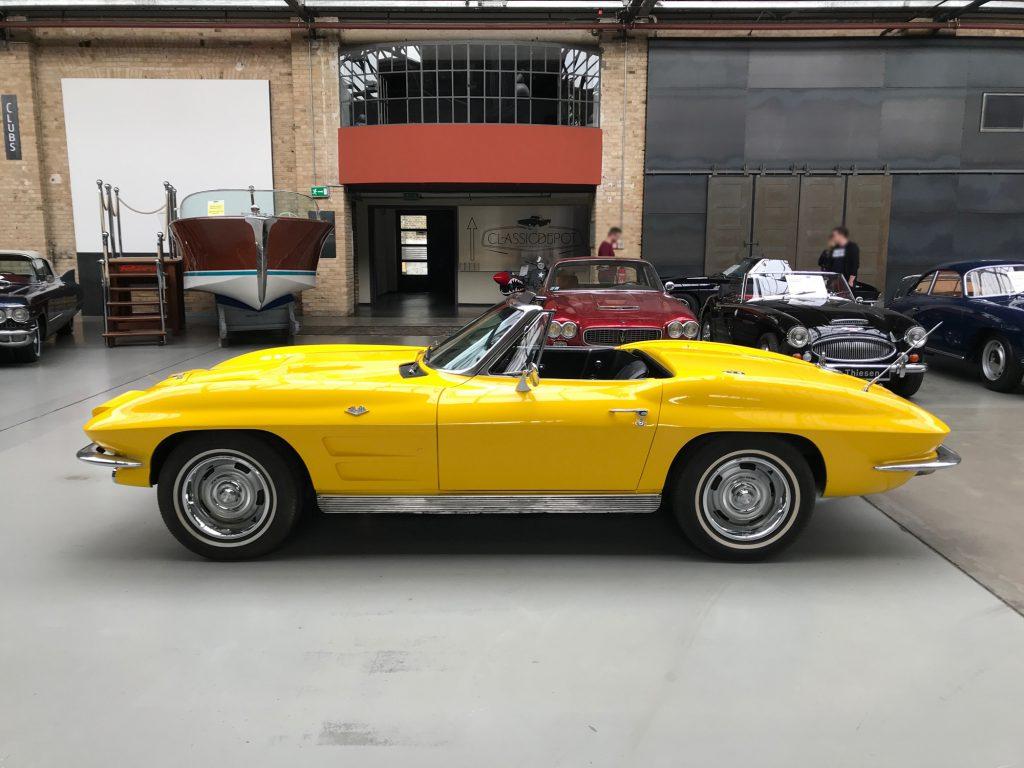 Chevrolet-Corvette-C2-Cabriolet-07