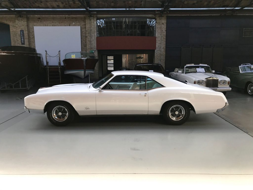 buick-riviera-coupe-08