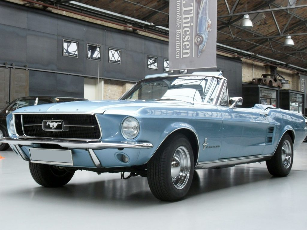 ford-mustang-blue-1