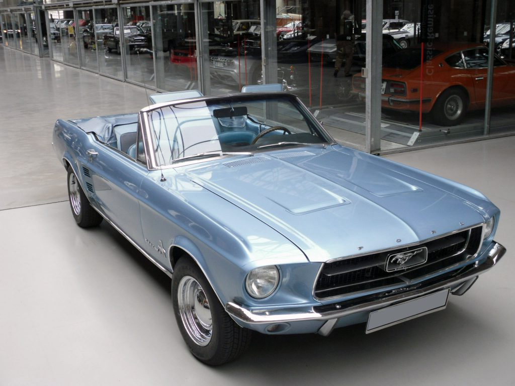 ford-mustang-blue-3