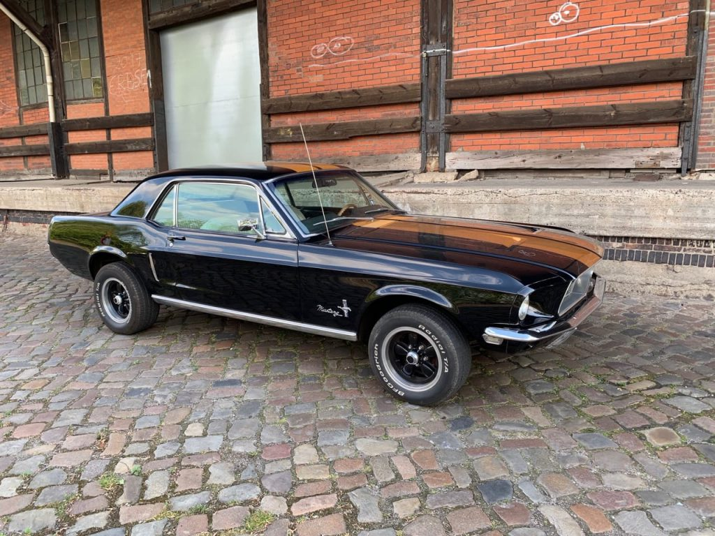 ford-mustang-coupe_14