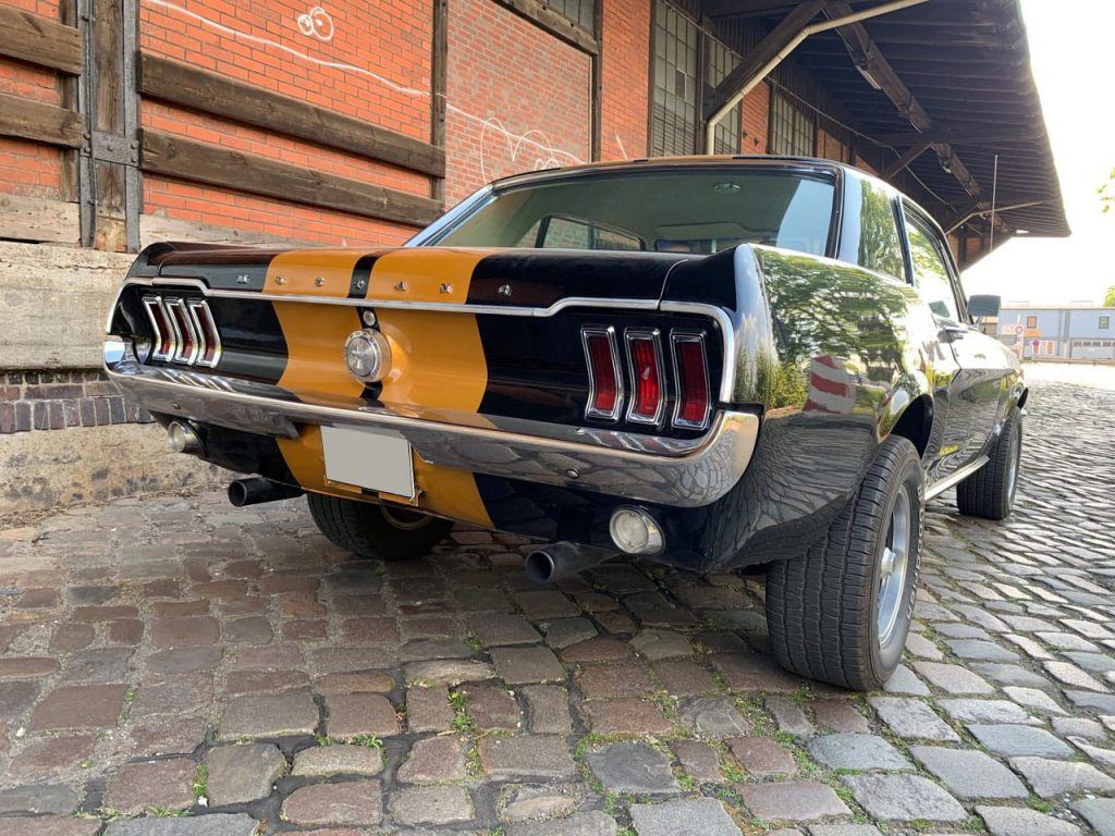 ford-mustang-coupe_2