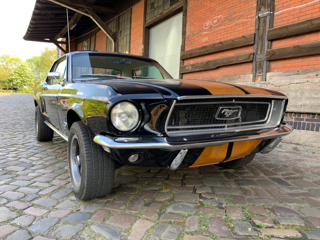 ford-mustang-coupe_4
